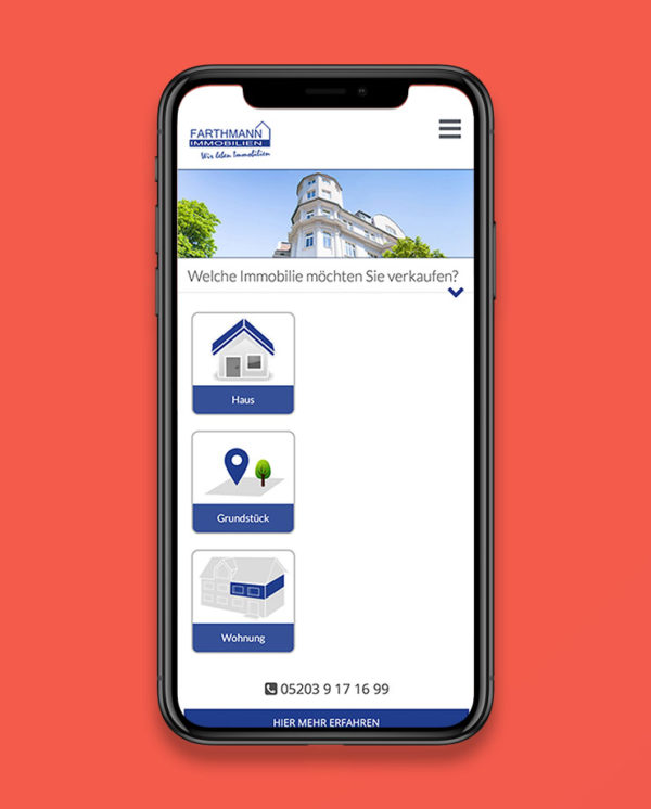 iPhone Mockup mit Responsive-Website von Farthmann Immobilien